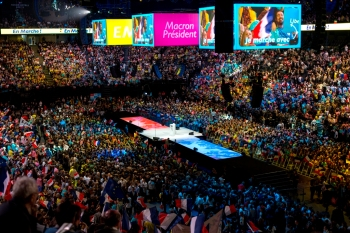 Meeting d'Emmanuel Macron à l'Arena Bercy, Paris, le 17 avril 2017