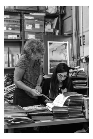 """""""Le métier de libraire est un travail de précision. Il faut donner confiance à l'apprenti par la bienveillance"""", confie Nathalie."""